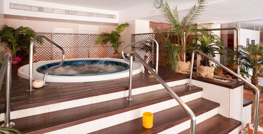 Relax in the Jacuzzi