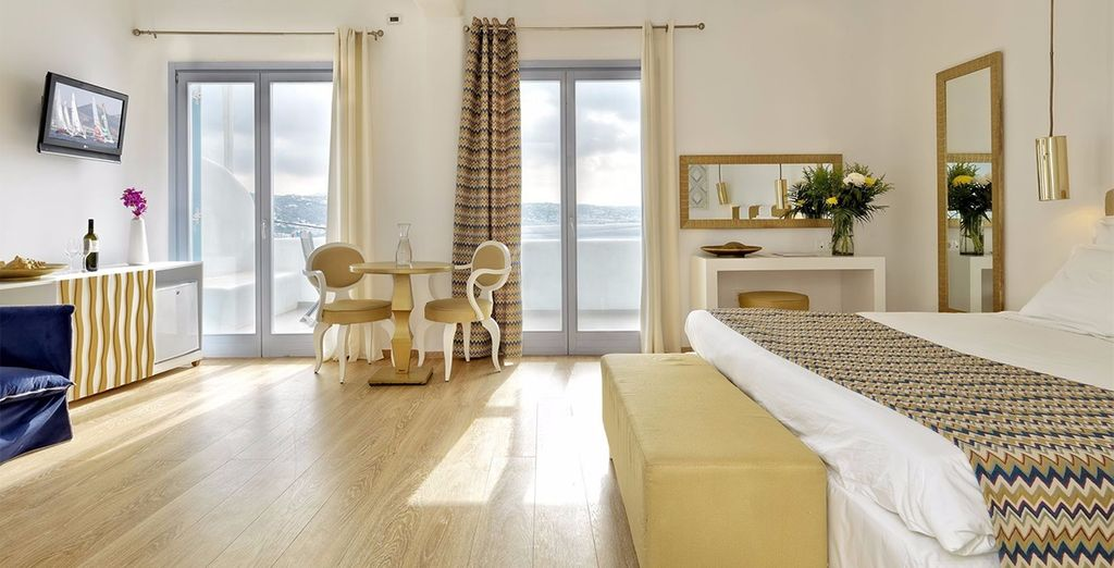 Our members can enjoy a Deluxe Suite sea view with Jacuzzi