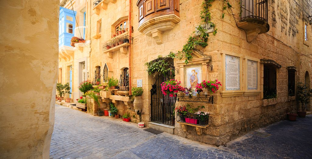 And 12km from the amazing ancient city of Mdina