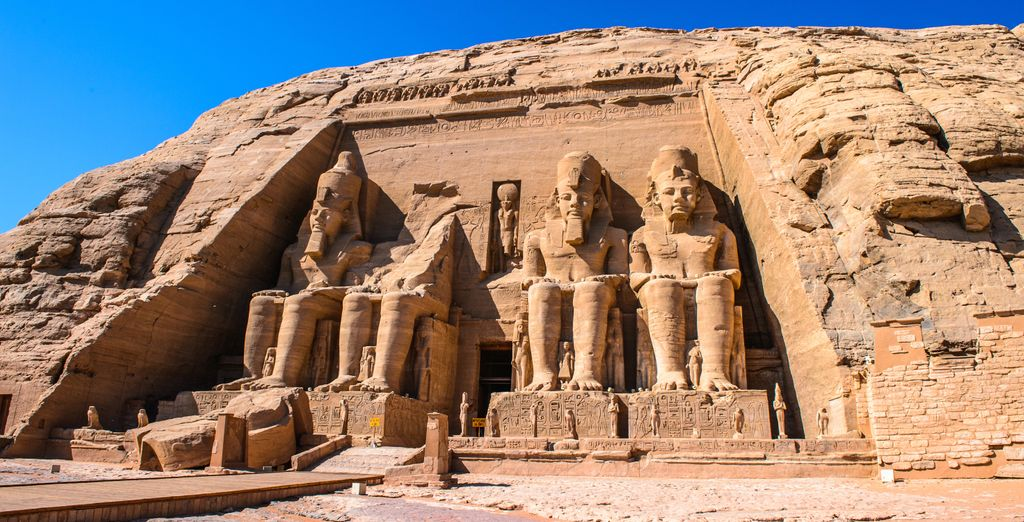 Explore Egypt and its magical history with Voyage Privé