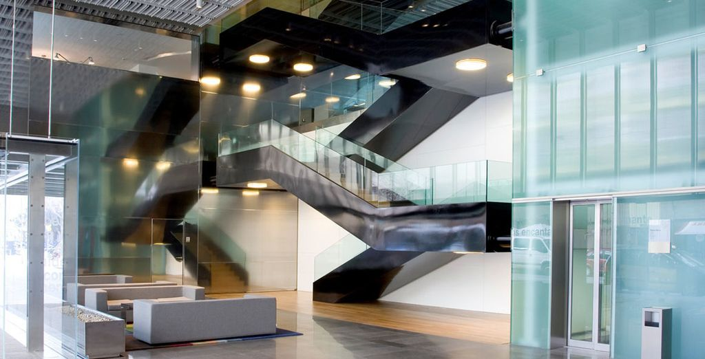 Be greeted by the striking modern design of NH Constanza