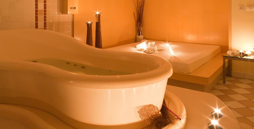 Complete with several thermal pools, saunas and treatment rooms