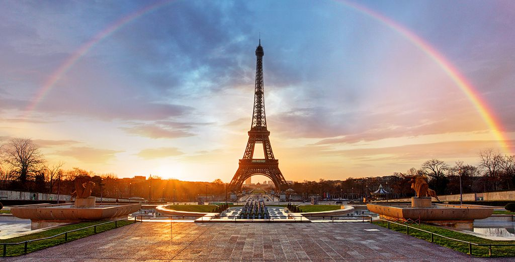 Book a luxurious hotel in Paris with Voyage Privé