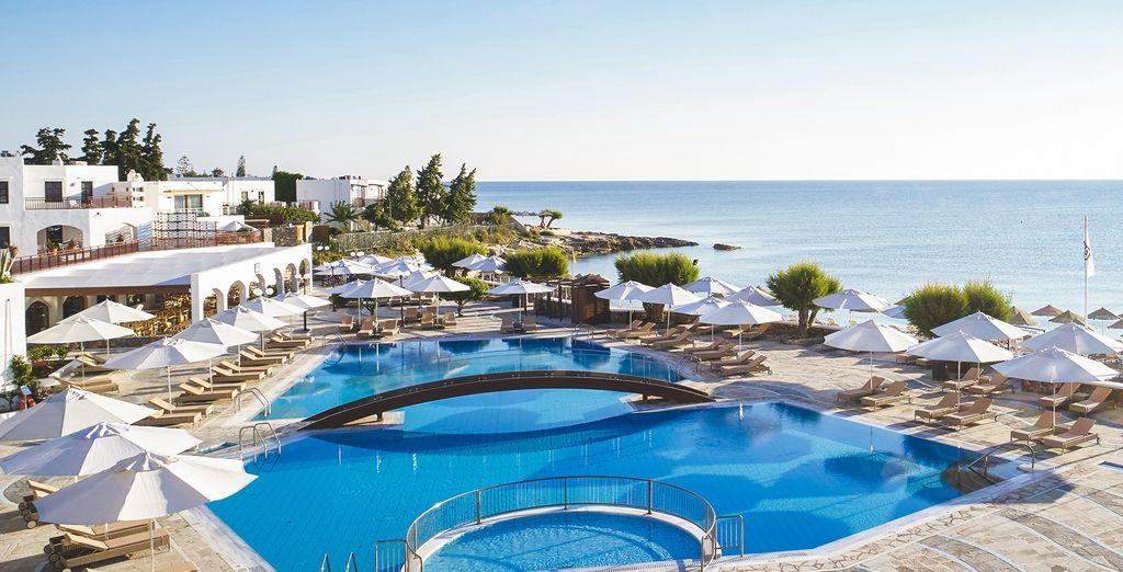 Welcome to Creta Maris