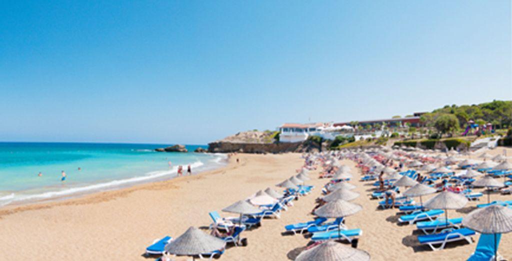 - Acapulco Spa & Resort Hotel***** - Kyrenia - North Cyprus Kyrenia