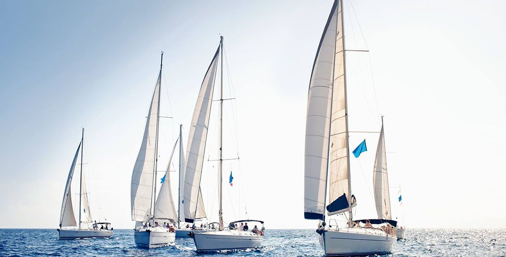 Make use of the hotel's very own sailing club!