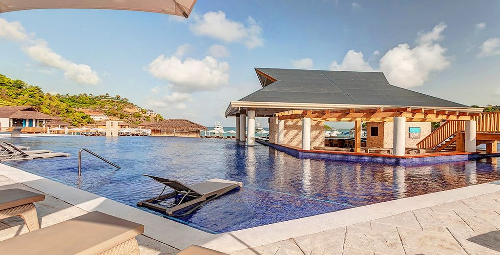 Royalton Antigua Resort & Spa 5* - Bank Holiday Deals
