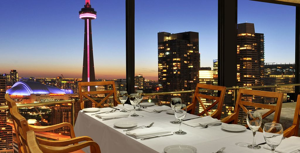 Westin Harbour Castle Hotel 4* - hotel with a view in Toronto