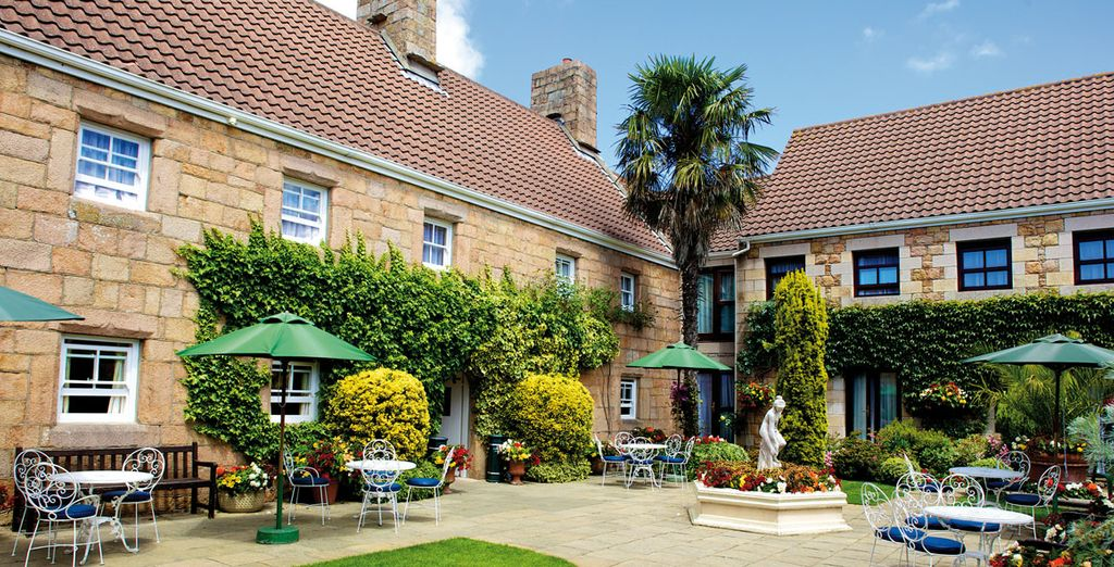 Welcome to Greenhills Country Hotel - Greenhills Country Hotel**** - Jersey - Channel Islands Jersey