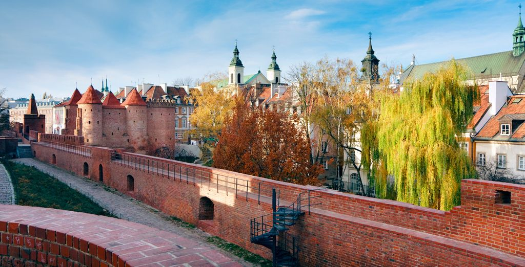Before wandering through Warsaw's medieval sites