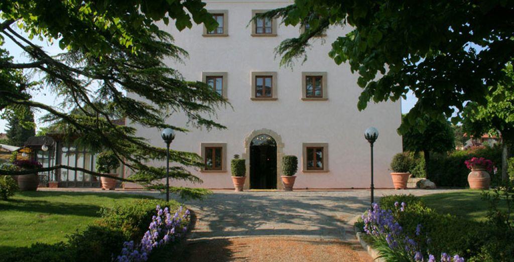Enjoy the delights of Tuscany - Villa Bianca Hotel 4* Gambassi Terme