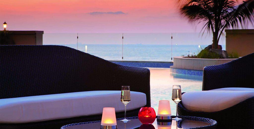 Head for the glamour of Dubai