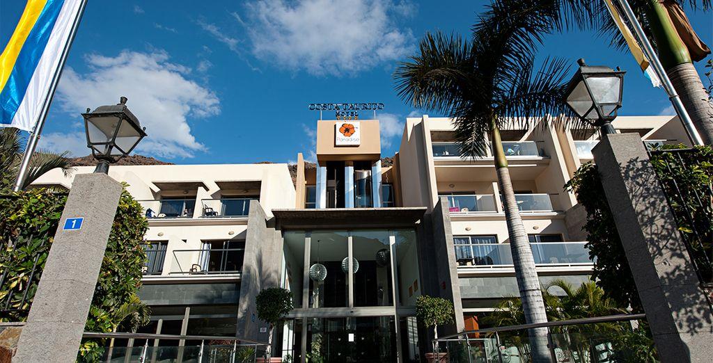 Choose the 4* Hotel Paradise Costa Taurito