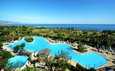 Fiesta Hotels & Resort 4*