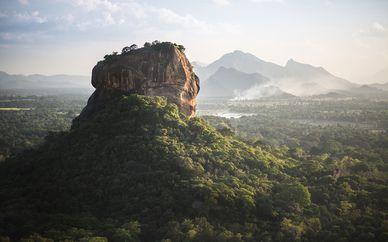 Tour alla scoperta della Sri Lanka con mini crociera di 2 notti e estensione balneare