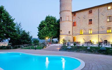 Castello di Baccaresca - Speciale Ponti e Festività