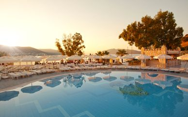 Salmakis Resort 4*