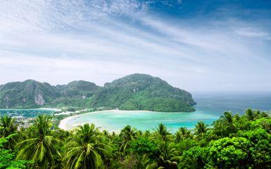 Bangsak Merlin Resort & Holiday Inn Resort Phi Phi Island 4*