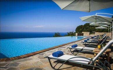 Dohos Hotel Experience 3*