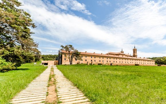 Huesca - Hospedería Monasterio San Juan de la Peña 4*