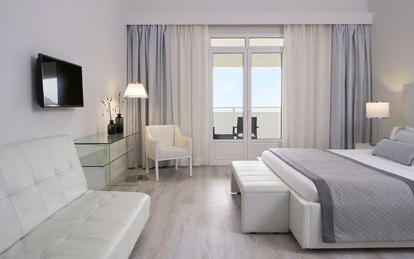 Mr & Mrs White Crete Lounge Resort & Spa 5*