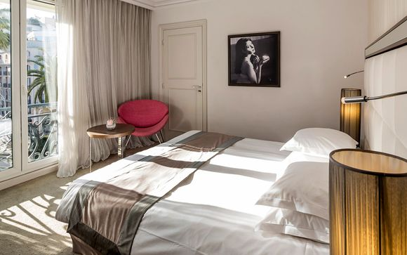 Hotel Le Canberra Ocre Et Azur 4*
