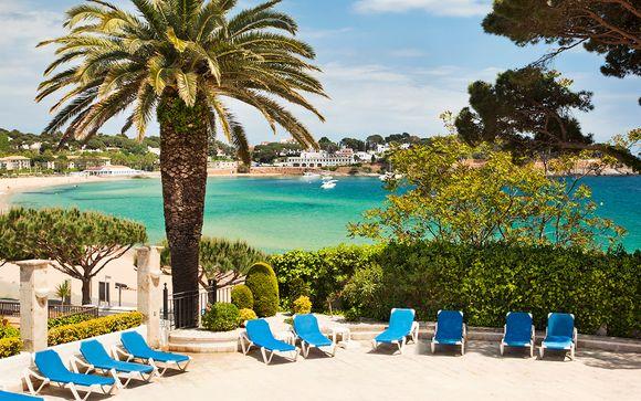 Hotel Ilunion Caleta Park 4* con Voyage Prive en