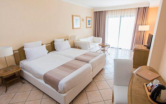 Maritim Antonine Hotel & Spa 4*