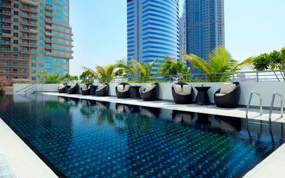 Emiratos Árabes Unidos Dubái - Mövenpick Hotel Jumeirah Lakes Towers 5* desde 138,00 €