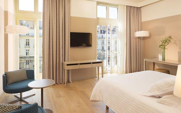 Oceania Hotel de France 4*