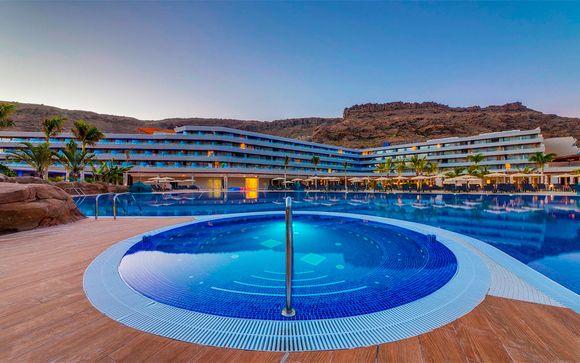 España Mogan - Radisson Blu Resort & Spa Gran Canaria Mogan 5* desde 144,00 €