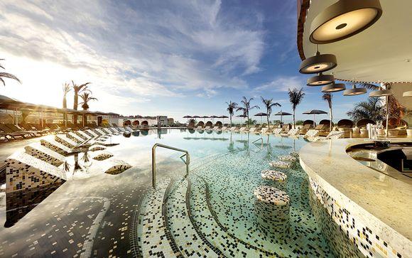 Hard Rock Hotel Tenerife 5*