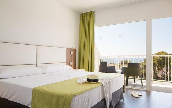 Cala Blanca Sun Hotel 4*