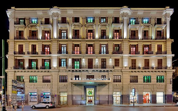 UNAHOTELS Nápoles 4*