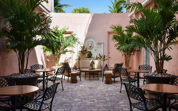 Casa Victoria Orchid Hotel