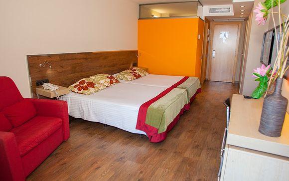 Nuba Hotel Comarruga 4*