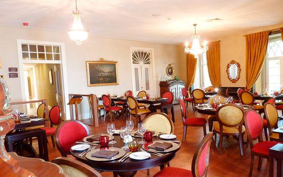 Vila Gale Collection Palácio dos Arcos 5*