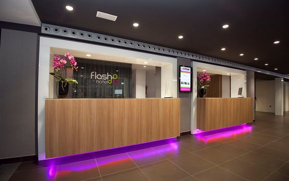 Flash Hotel 4*