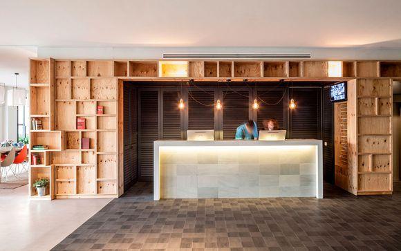 Aqua Hotel Bertran Park 4*