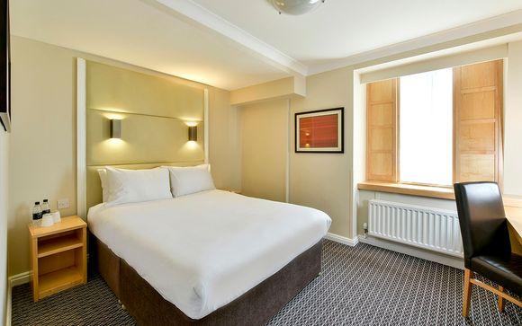 Strand Palace Hotel 4*