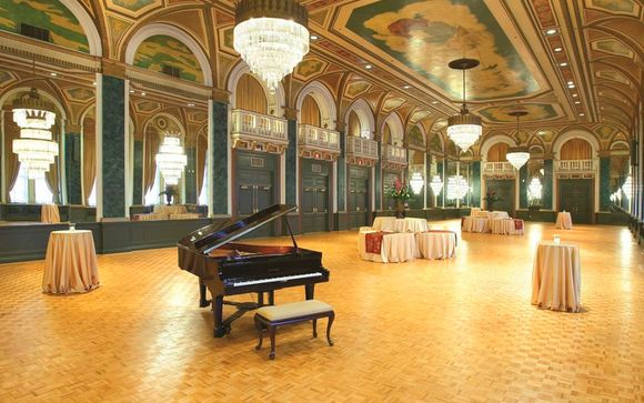 Hotel Fairmont Royal York 4*