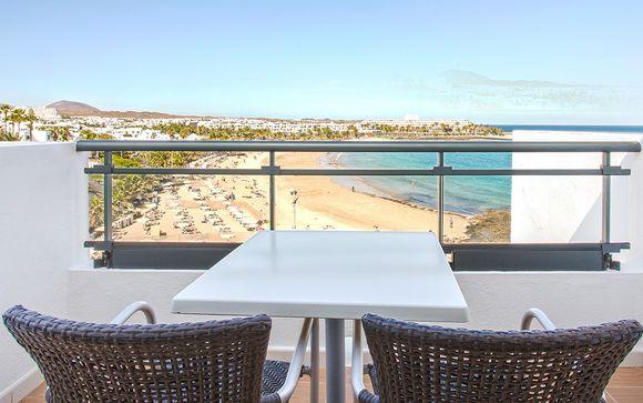 Poussez les portes de l'hôtel Be Live Expérience Lanzarote Beach 4*