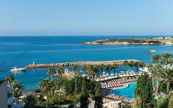 Hôtel Coral Beach 5*