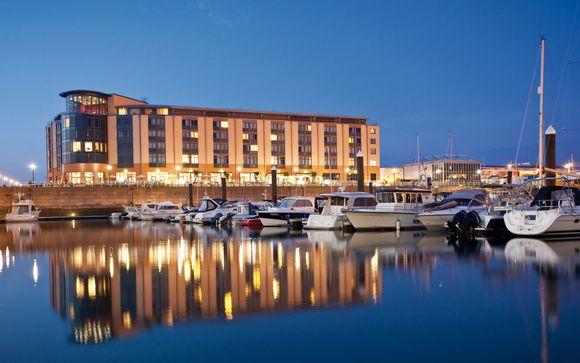 Hôtel Radisson Blu Waterfront 4*