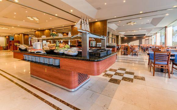 Poussez les portes de l'hôtel Puertobahia & Spa