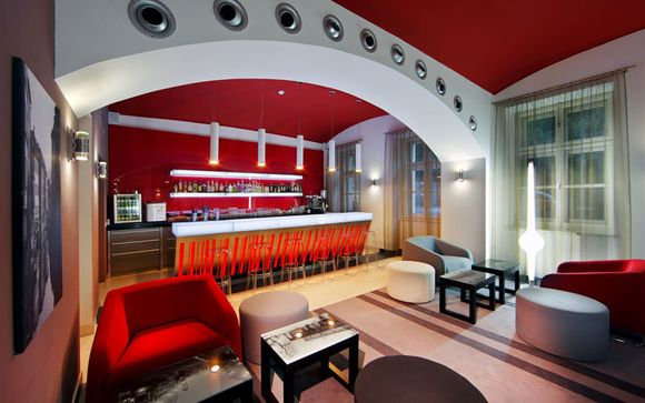 Hôtel Red & Blue Design 4*
