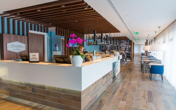 En Poussant Les Portes De Lhtel Hampton By Hilton Amsterdam Centre East 4 Vous Dcouvrirez Un Tablissement Chaleureux Et Spacieux