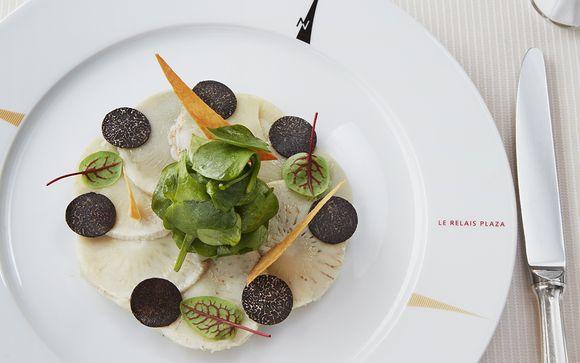 Restaurant Le Relais Plaza by Alain Ducasse
