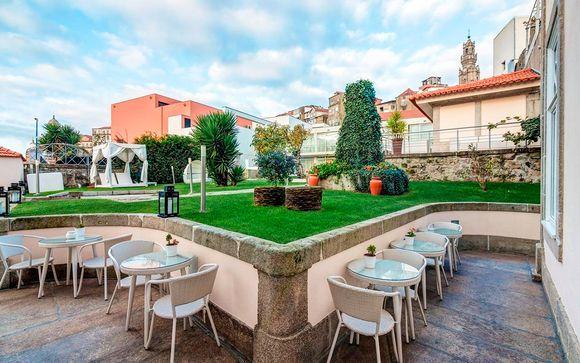 Flores Village Hotel & Spa 4*