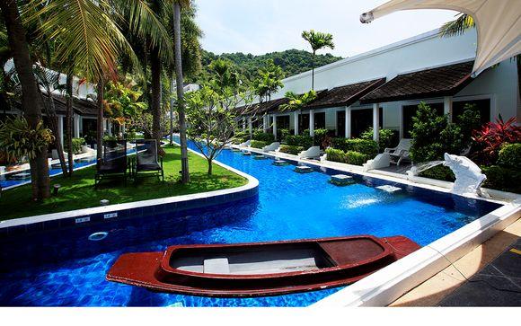 Access Resort & Villas Phuket 5* et séjour possible à Bangkok